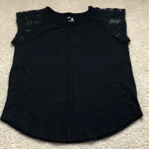 Girls black top with lace